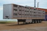 Полуприцеп для перевозки свиней в 3 яруса Тонар-98271