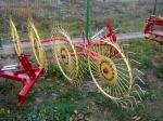 фото грабли Agromet Сонечко на 4 колеса