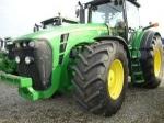 Трактор колесный JOHN DEERE 8330